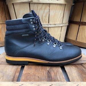 Clark's Gore Tex Hiking Boot (Waterproof)